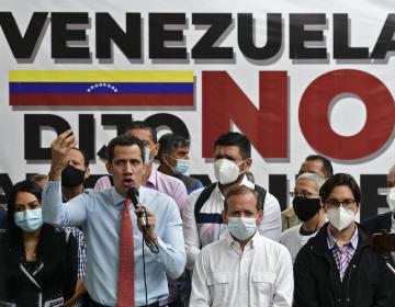 """EU respalda la """"consulta popular"""" impulsada por Guaidó y la oposición en Venezuela: Pompeo"""