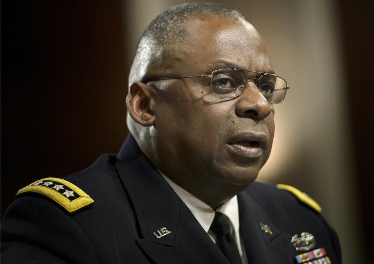 Biden elige a un exgeneral afroestadounidense para dirigir el Pentágono