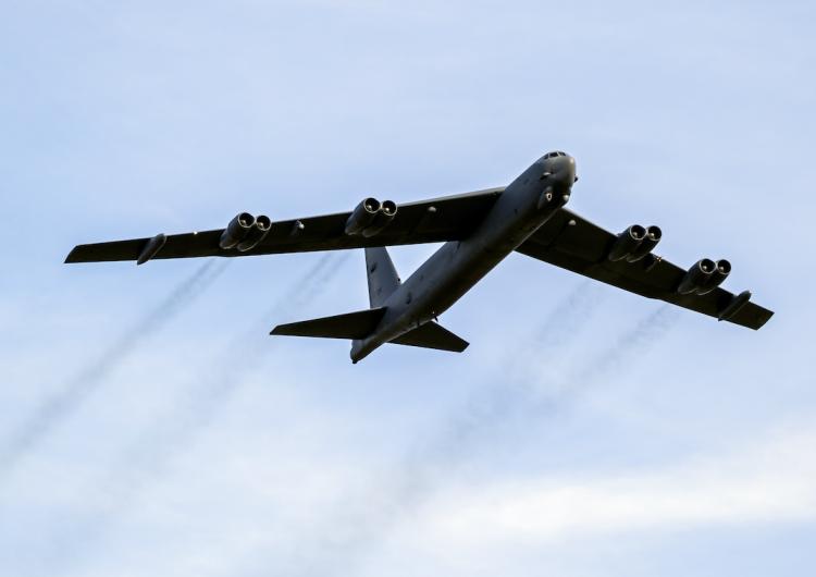 EU despliega bombarderos de largo alcance sobre el Golfo en una demostración de fuerza para Irán