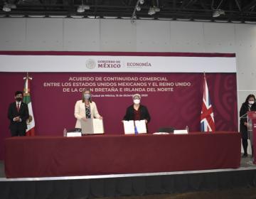 Tras brexit, Reino Unido y México firman acuerdo de continuidad comercial