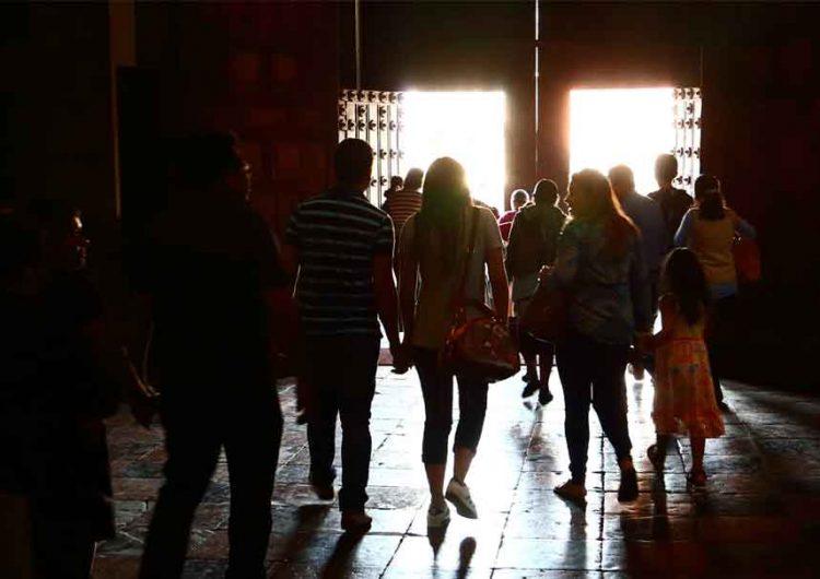 Con operativos evitarán aglomeraciones en templos