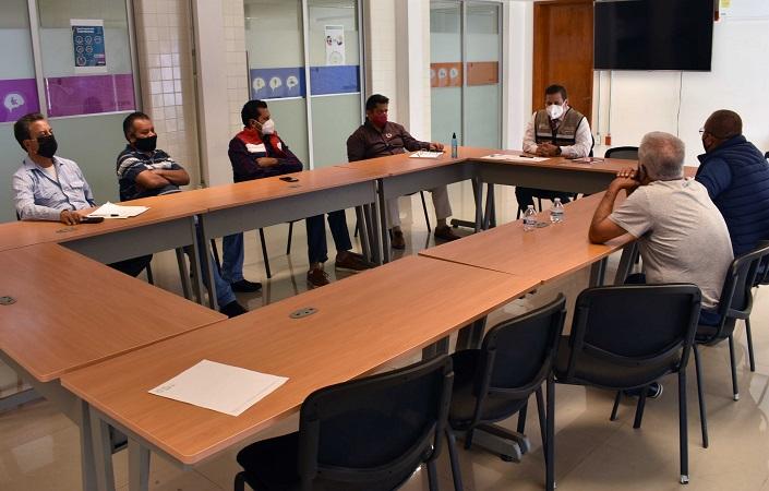 Busca CMOV contar con taxistas bilingües en Aguascalientes
