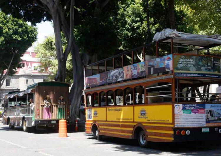 Quitan del Zócalo poblano autobuses turísticos para evitar aglomeraciones