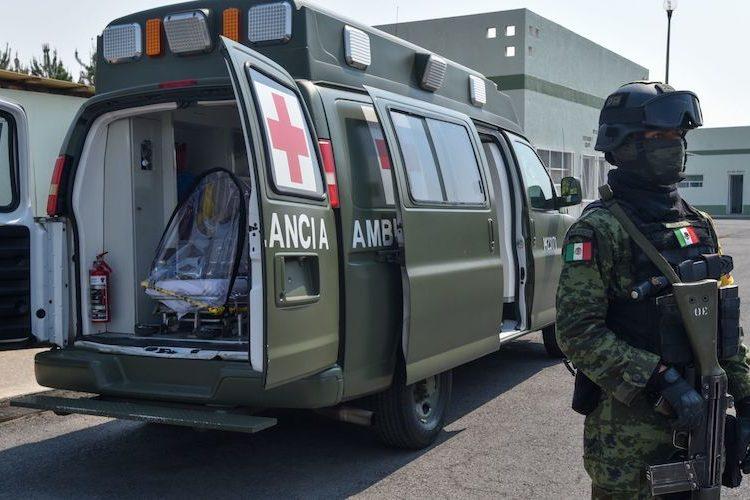 En México, el COVID-19 deja 298 muertos y 13,997 contagios entre ejército y policías