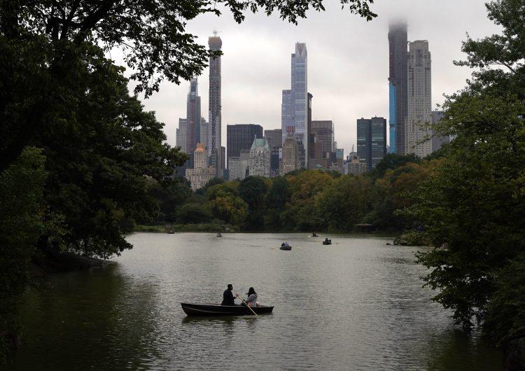 Nueva York rescindirá contratos comerciales con empresas de Trump; 'la ciudad no hace negocios con insurrectos': Alcalde