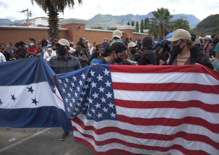 Juzgado de Texas bloquea temporalmente la suspensión de deportaciones impulsada por Biden
