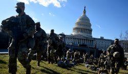 Guardia Nacional de EU retira a 12 agentes de la…