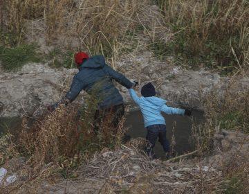 Tres jueces de EU permiten a los agentes fronterizos expulsar a niños migrantes