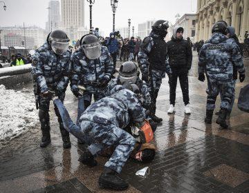 """Rusia acusa a EU de """"injerencia grosera"""" en manifestaciones a favor de activista"""