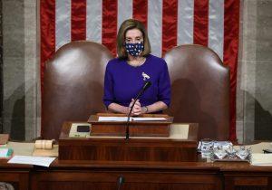 Nancy Pelosi habla con jefe militar para evitar que Trump use códigos nucleares