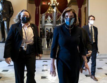 Pelosi exige juicio político contra Trump; 'es un peligro claro para la nación'