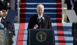 Biden llama a la unión en su toma de protesta:…