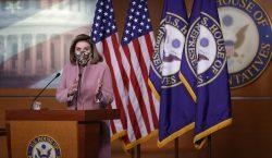 Nancy Pelosi insiste en el juicio político contra Trump, pero…