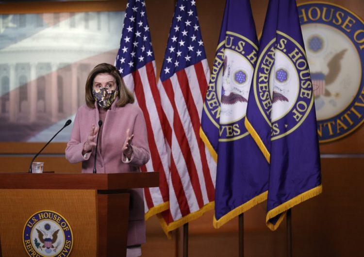 Nancy Pelosi insiste en el juicio político contra Trump, pero no da fecha