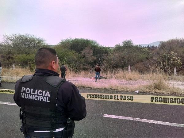 Asesinan a mujer y la tiran en carretera de Aguascalientes; fue estrangulada