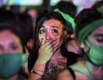 Jueza ordena suspender la ley de aborto en una provincia de Argentina