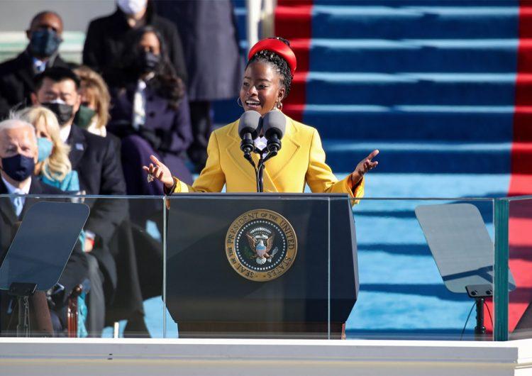 La poetisa Amanda Gorman suma otro medio millón de seguidores en Twitter tras presentarse en ceremonia presidencial