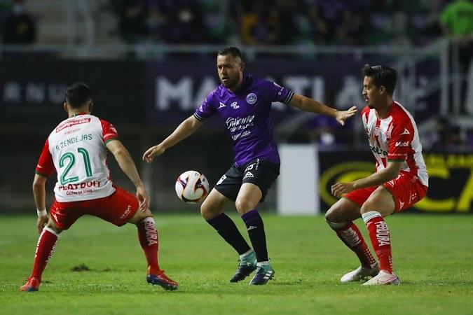 Necaxa iniciar con el pie izquierdo el torneo; cae 3-2 en Mazatlán