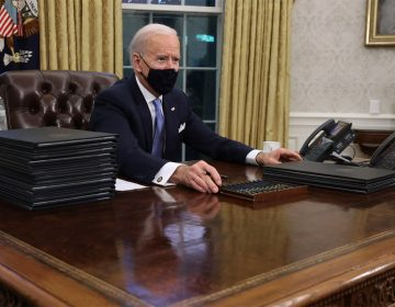 Primeras órdenes ejecutivas de Biden: ¿qué ha firmado el nuevo presidente de EU?