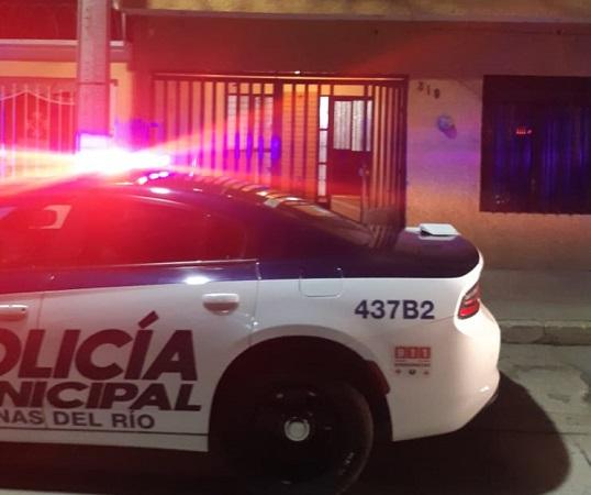 Rescatan policías a adolescente de 16 años que pretendía suicidarse en Aguascalientes