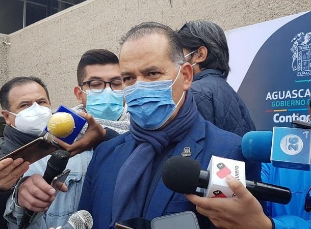 Vacuna anti-Covid debe aplicarse en hospitales y no en centros de bienestar: Orozco