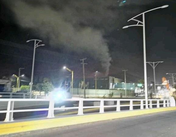 Humo negro en crematorios es por quema de bolsas contenedoras: PROESPA