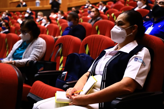 Brinda UAA capacitación a personal de enfermería que aplicará la vacuna contra el Covid-19 en Aguascalientes