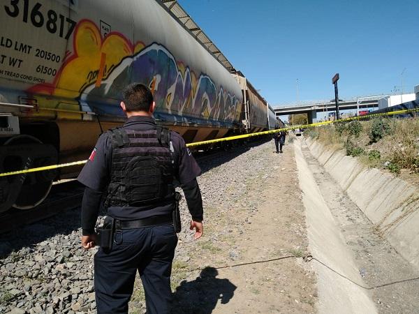 Mujer se suicida arrojándose al paso del tren en Aguascalientes