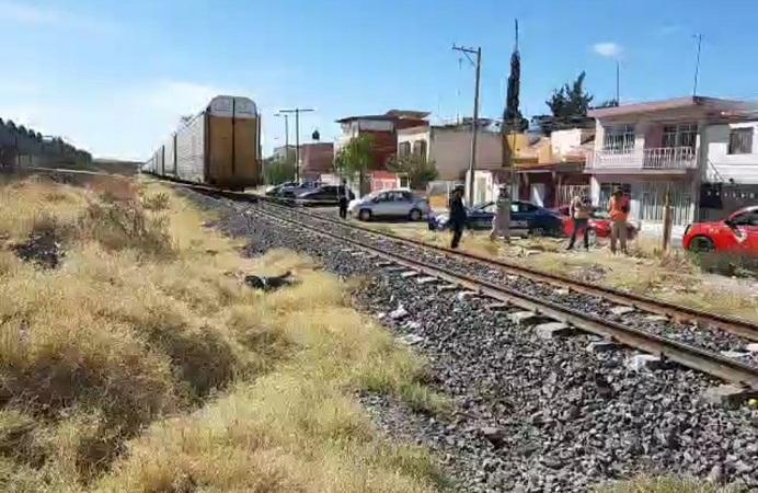Por salvar a un perro, hombre de 61 años es arrollado por el tren en Aguascalientes