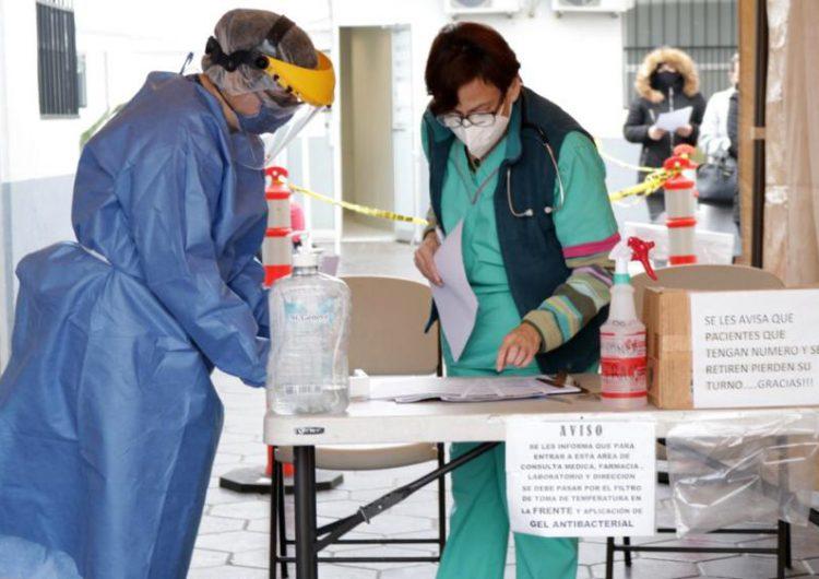 Personal médico de los municipios no será vacunado contra el COVID-19 en primera fase de la estrategia: Pérez Rico