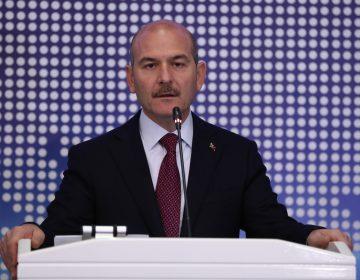 """Ministro turco llama """"desviados LGTB"""" a jóvenes arrestados """"por denigrar valores del islam"""""""