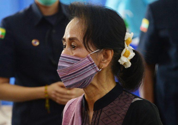La primera mujer electa para gobernar Birmania es detenida tras golpe de Estado