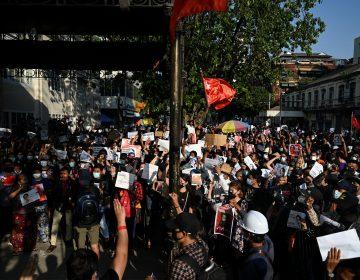 Birmania: ejército impone toque de queda para evitar manifestaciones contra golpe de Estado