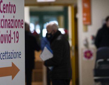 Italia: centro de salud causa polémica por considerar a los homosexuales categoría de riesgo COVID