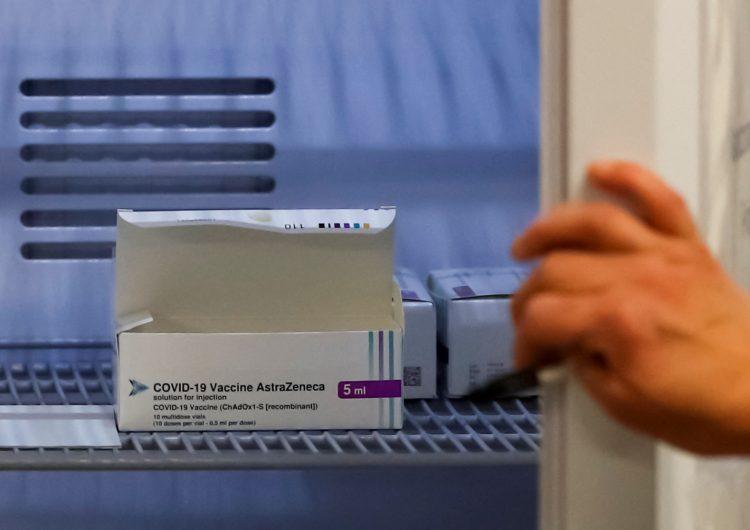 Sudáfrica suspende vacuna de AstraZeneca por eficacia 'limitada' contra variante local