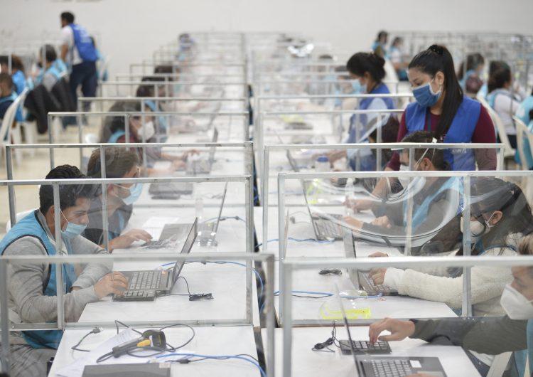 Ecuador: candidato indígena denuncia intento de fraude para excluirlo de segunda vuelta electoral