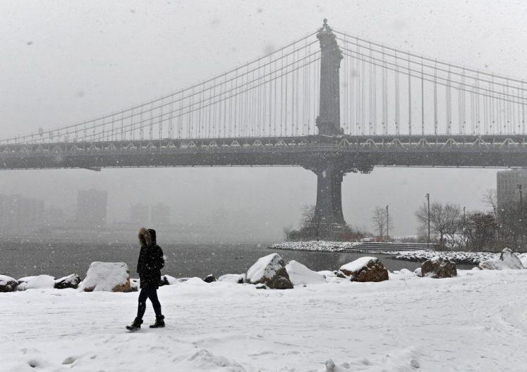 Una letal tormenta cubre de nieve el noreste de Estados Unidos
