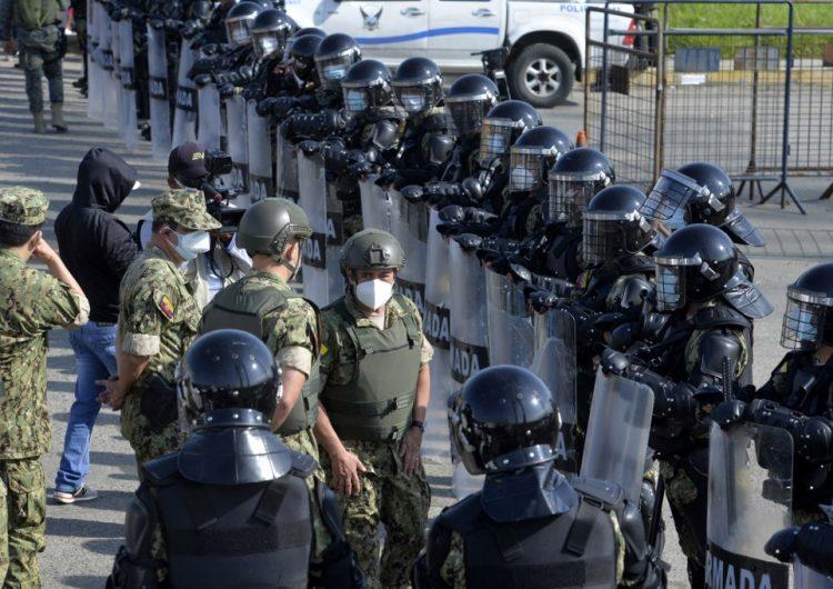 Policía de Ecuador evita la fuga de casi 170 presos en un nuevo incidente en las cárceles