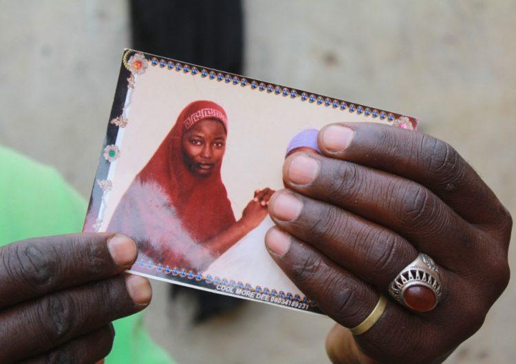 Más de 300 estudiantes secuestradas en un nuevo ataque contra escuela en Nigeria