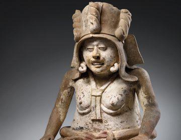 Gobierno de México exige cancelar subasta de piezas prehispánicas en Francia