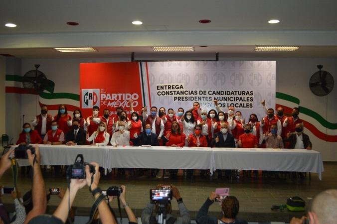 Estos serán los candidatos del PRI a diputaciones locales, federales y ayuntamientos en Aguascalientes