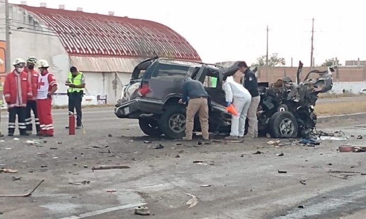 Tres muertos y dos menores lesionados deja accidente entre dos trailers y dos vehículos en Margaritas