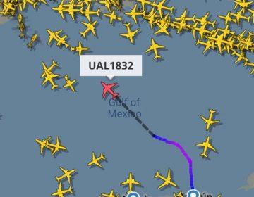 Pierde motor avión que volaba de Cancún a Houston