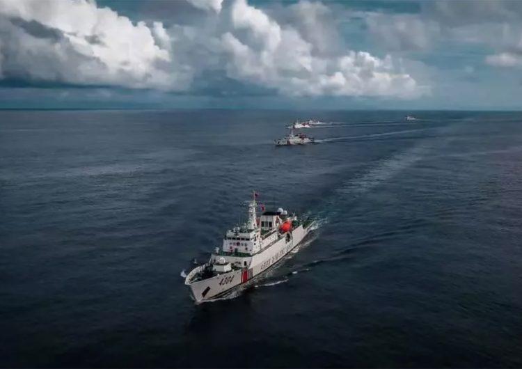 Crece la tensión entre barcos chinos y japoneses en el Mar de China
