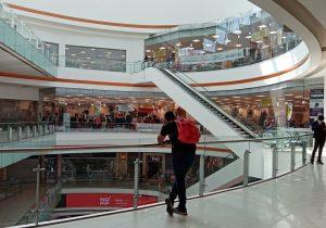 Ciudad de México reabre centros comerciales; el semáforo de COVID-19 sigue en rojo