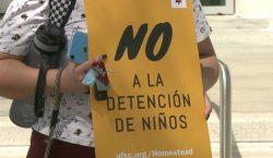 Activistas protestan por reapertura de centro de detención para niños…