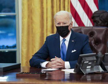 """Grupos defensores califican de """"decepcionantes"""" las políticas inmigratorias de Biden"""