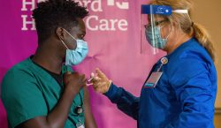 Millones de inoculaciones respaldan la seguridad de las vacunas anti-COVID-19