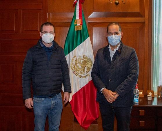 Se reúnen gobernador de Aguascalientes y Ricardo Anaya