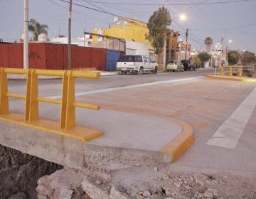 Rehabilitan arroyo y abren paso pluvial en Arboledas de Paso Blanco en Jesús María